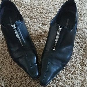 Hi fashion Donald J. Pliner booties